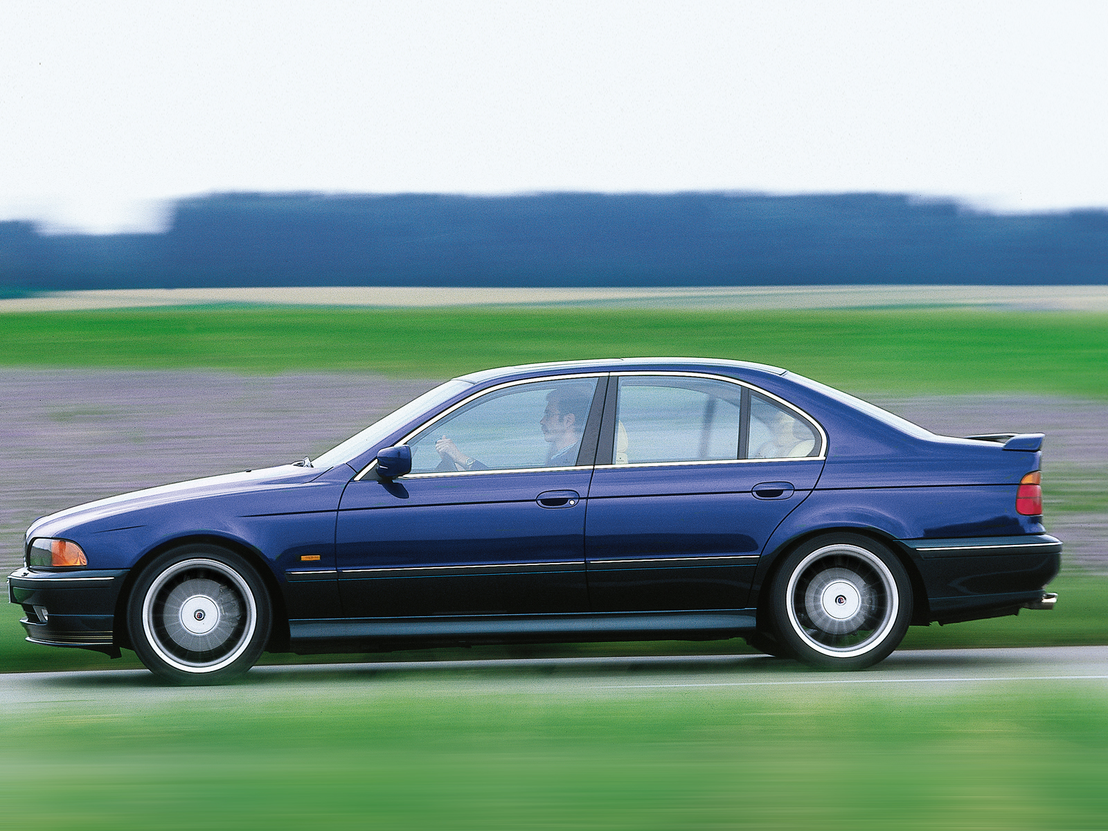 BMW 5 Series E39: ALPINA Automobiles